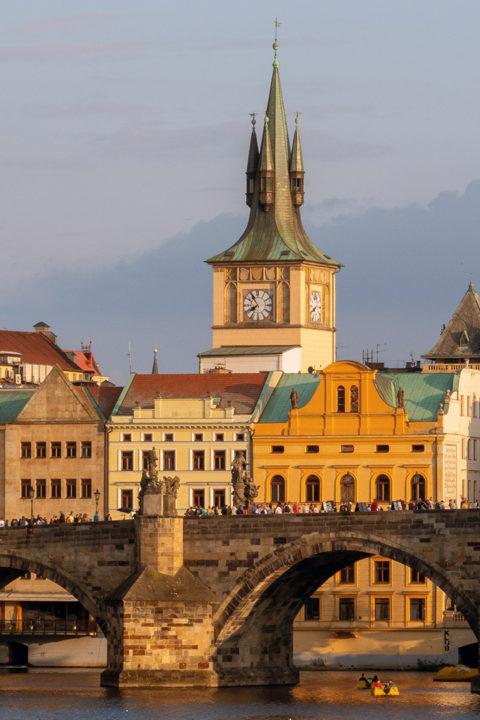 #09: Prag